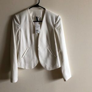 H + M white hook blazer NWT never worn